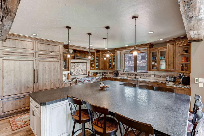 524 beeler pl copper mountain-large-007-7-kitchen-1500x1000-72dpi